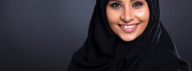 Kuran'da Saçları Örtmek Geçiyor mu? Gelin Birlikte Düşünelim